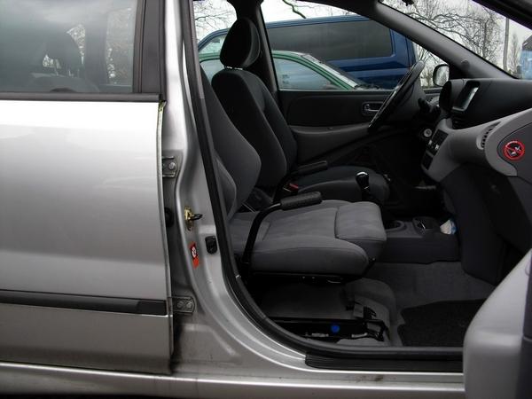 Draaistoel In Auto.Personenauto Aanpassingen Mobiel Autoaanpassingen Caravan